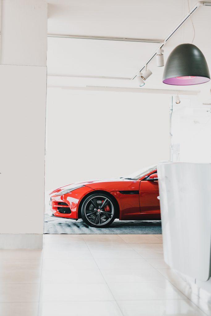 Выбор места для хранения автомобильной резины