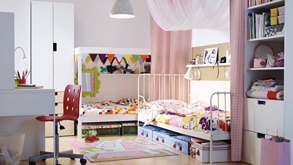 Кровать тоже может являться местом для хранения