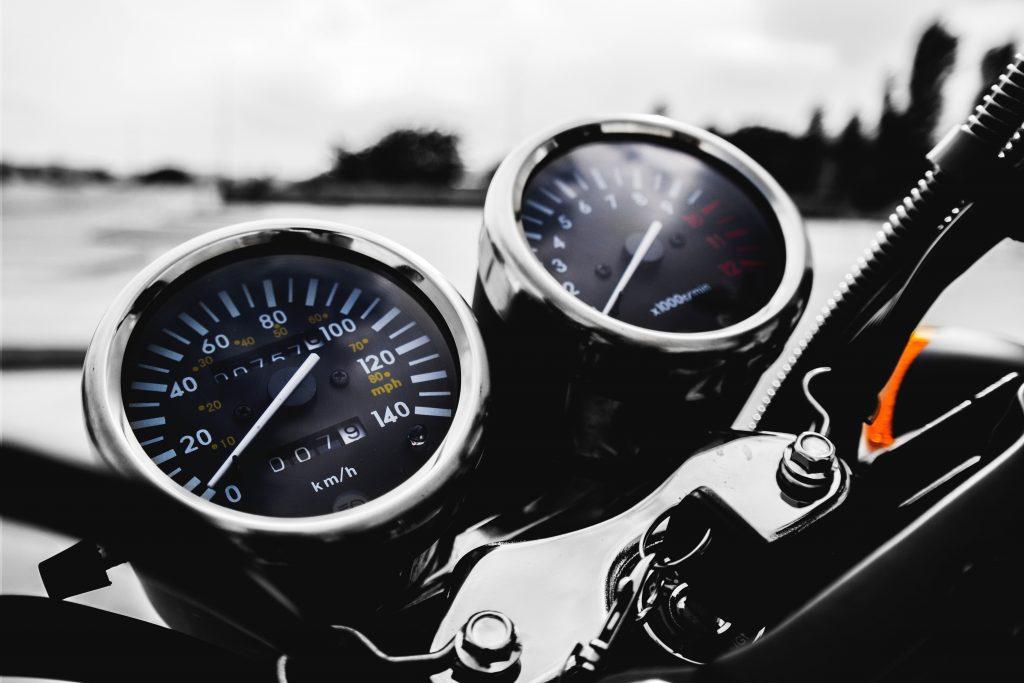 Приборная панель мотоцикла