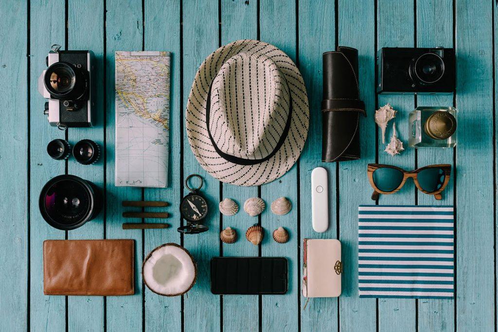 Фото с вещами путешественника