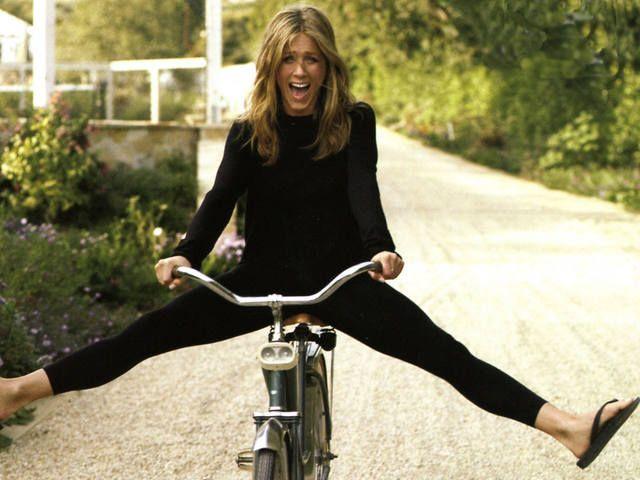 Езда на велосипеде всегда дарит положительные эмоции