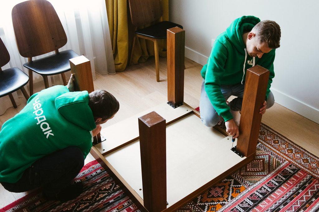 Разборка мебели специалистами Чердака