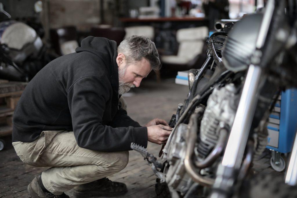 Технический осмотр мотоцикла перед сезонным хранением