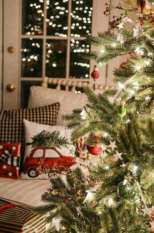 Правильное освещение новогодней ёлки