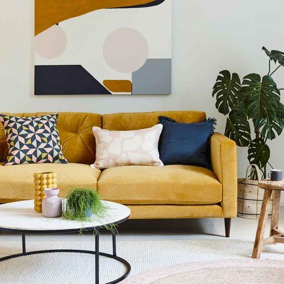 Мягкая мебель в цветах 2021 года