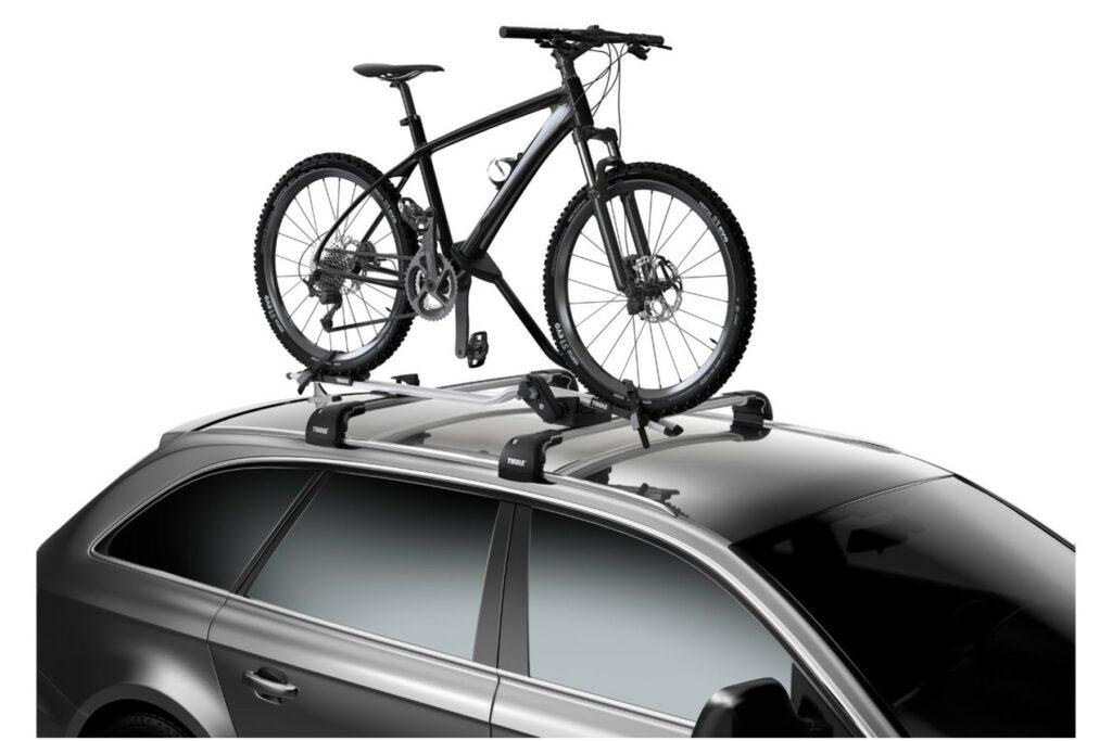 Крепление велосипеда на крыше автомобиля