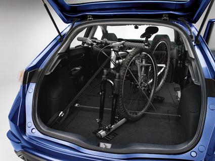 Крепление велосипеда в салоне или багажнике машины