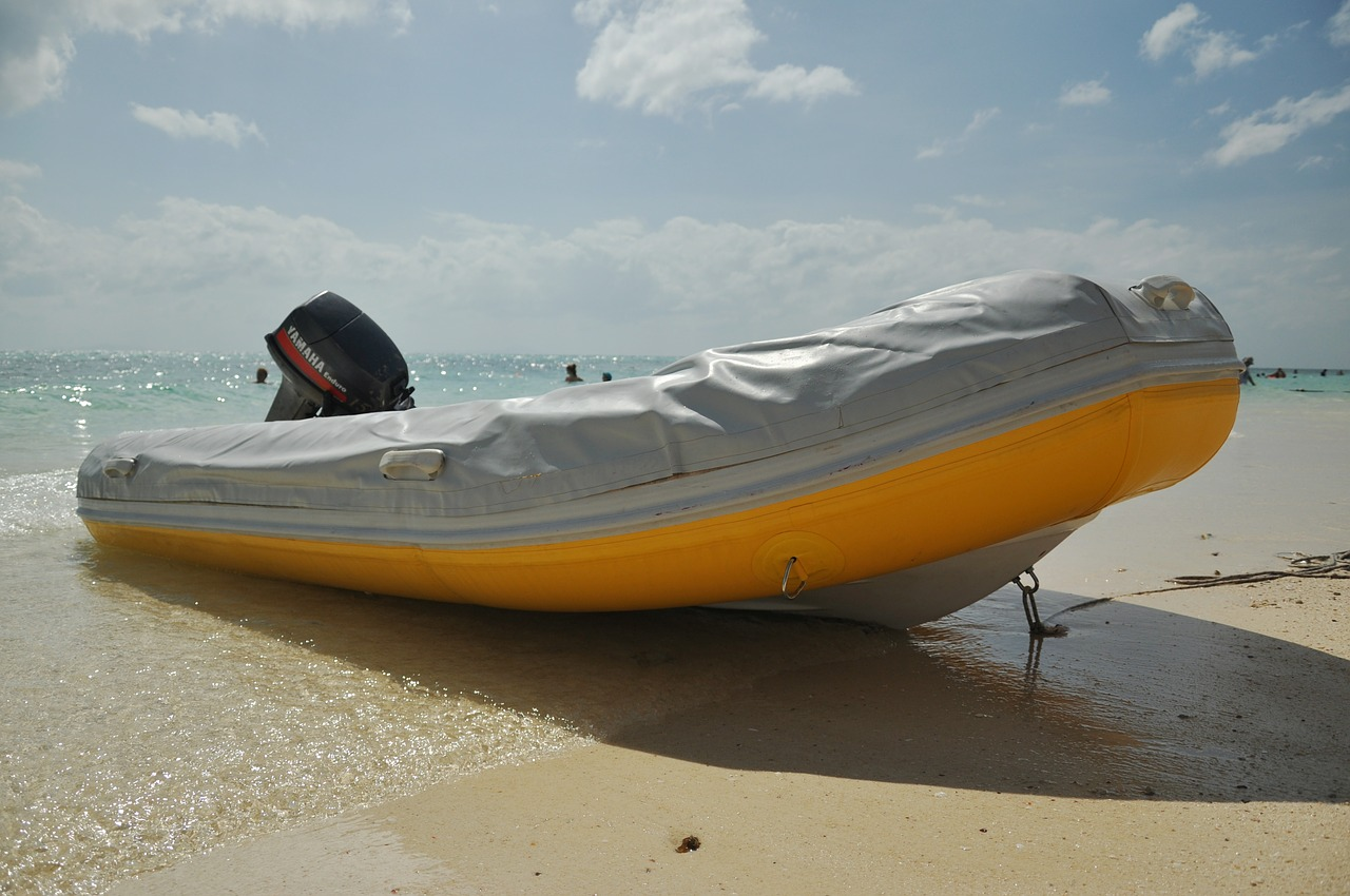 Как правильно хранить лодку