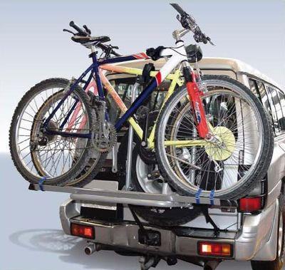 Крепление велосипеда на запасном колесе