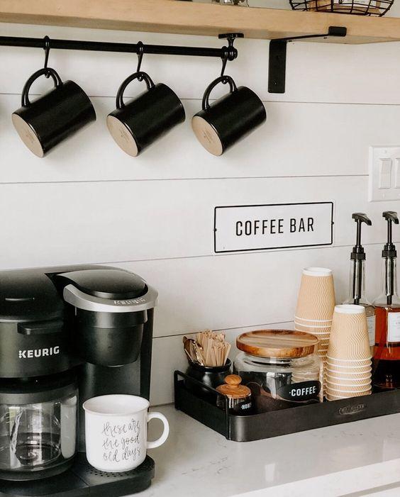 Кофейный уголок на кухне