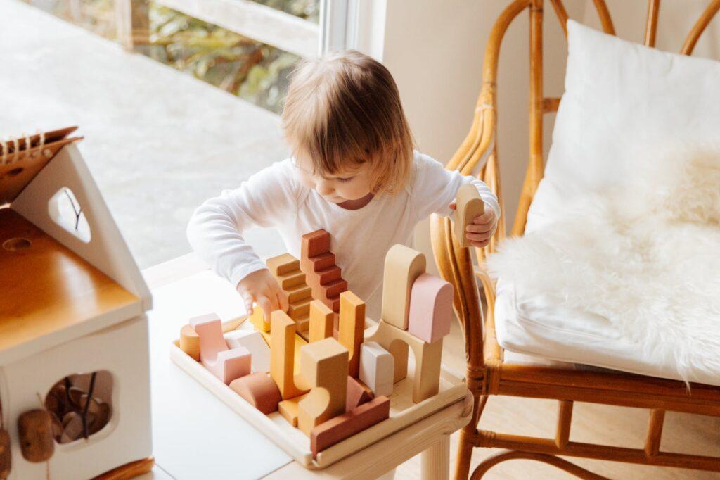 Игрушки занимают значительное место в жизни ребёнка