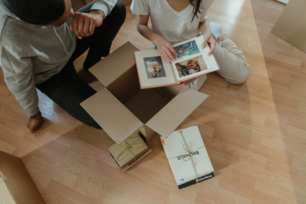 Упаковка книг в коробки